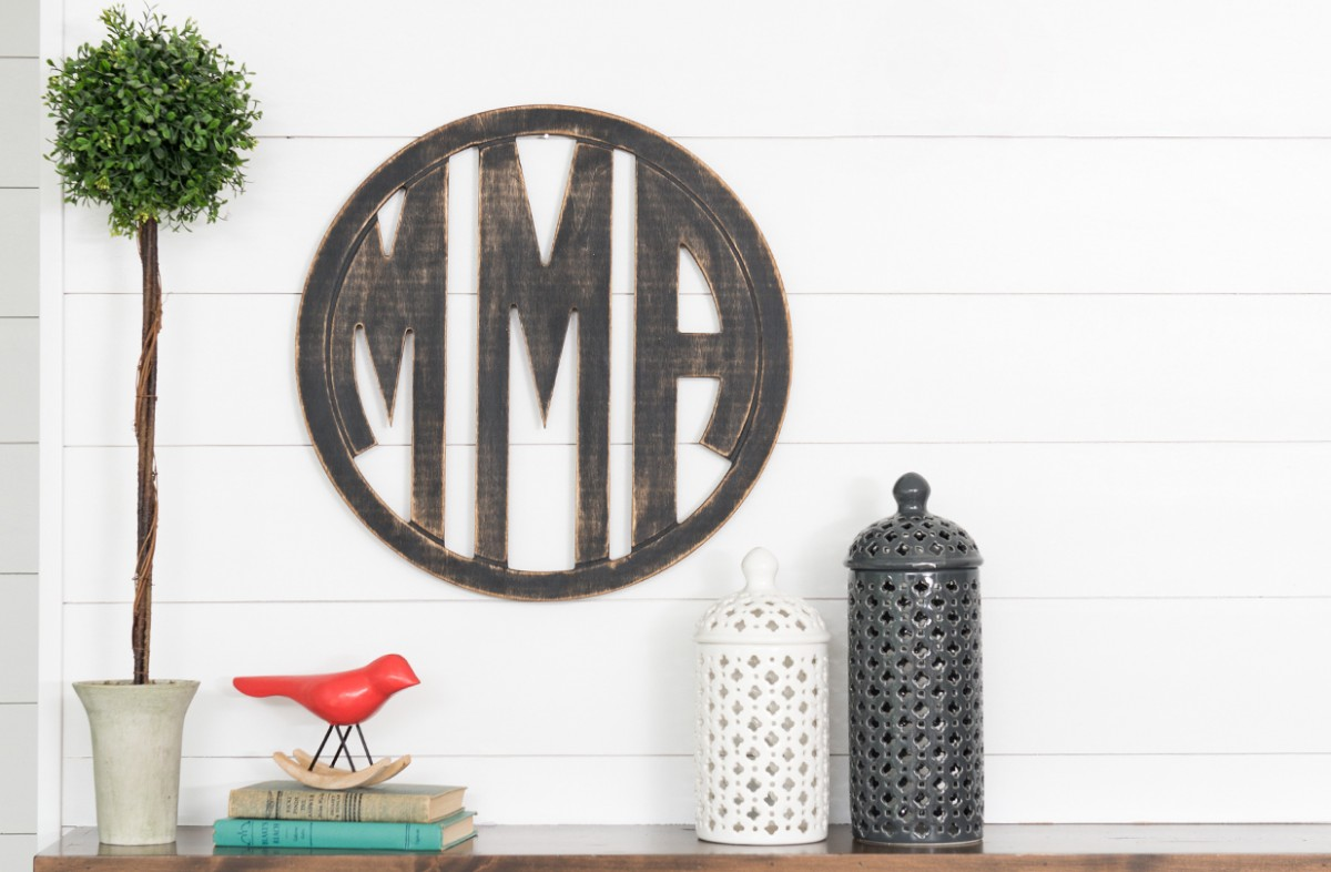 Man Cave Store Norcross : Groopdealz unfinished oversized circle monogram